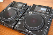 2x PIONEER CDJ 2000 & 1x DJM 2000 MIXER DJ PACKAGE + PIONEER HDJ 2000 HEADPHONE....$ 2800USD объявление